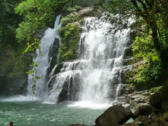 Punta Gabriela: beautiful waterfall