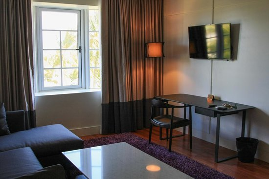 Leslie Hotel: newly furnished