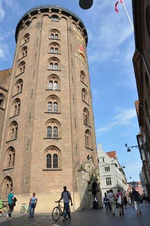 Rundetårn (Runder Turm): Esterna