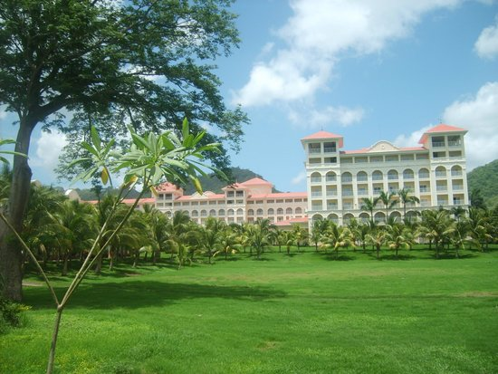 Hotel Riu Guanacaste: Hotel View From Outside