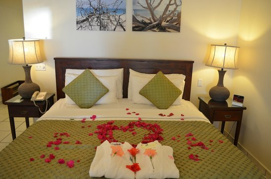 Galley Bay Resort & Spa : Bed Upon Arrival in Premium Beachfront Suite