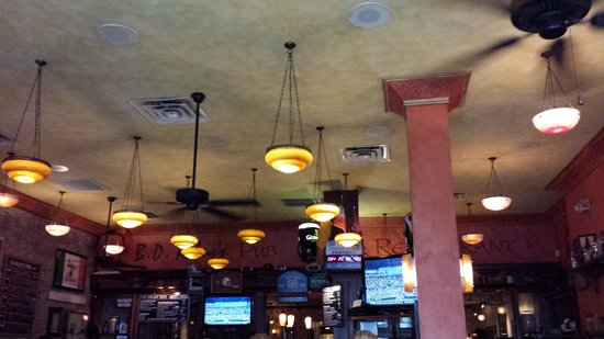 BD Riley's Irish Pub Downtown: Inside the pub...
