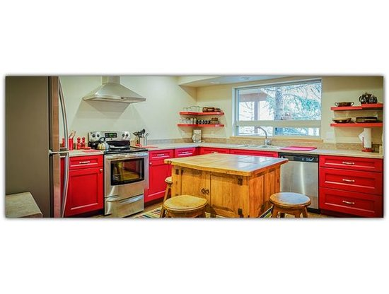 Pinon Park Vacation Rentals: Fully Equipped Kitchen