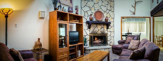 Pinon Park Vacation Rentals: Living Rooms and Fireplaces