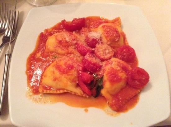 Ristorante Franchino: Fresh ravioli made early in the morning, yum!