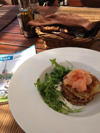 Hanza Hotel : Potato pancakes at restaurant outside