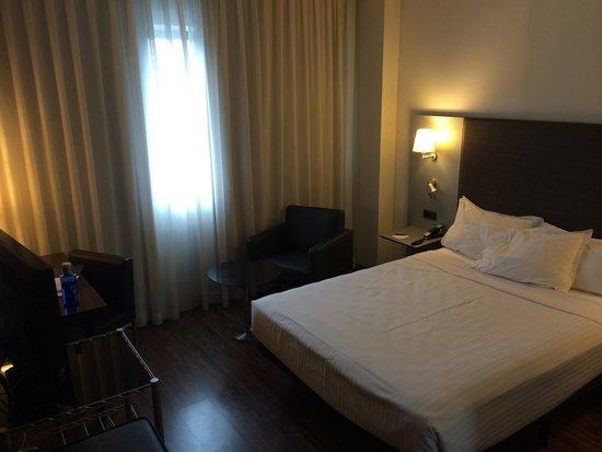 AC Hotel Gijón: Habitación