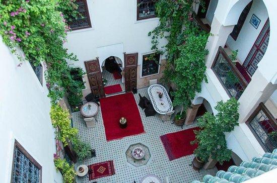 Riad Anabel: Central courtyard