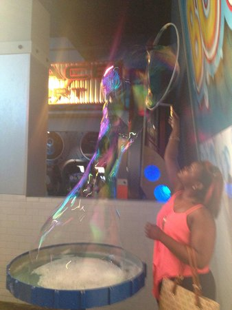 WonderWorks: Bubble FUN !