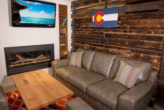 Fireplace lounge with games and tvs picture of hops culture aspen hops culture fireplace lounge with games and tvs teraionfo