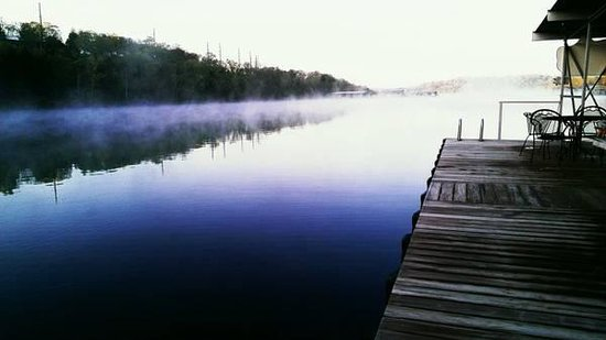 Cedar Wood Resort : our dock, on beautiful Table Rock Lake