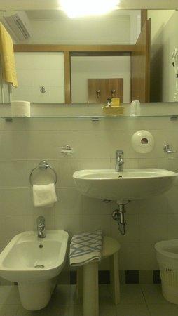 Hotel Villa Adriana : Ванная комната