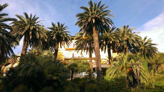 Hotel Villa Adriana : Внешний вид отеля