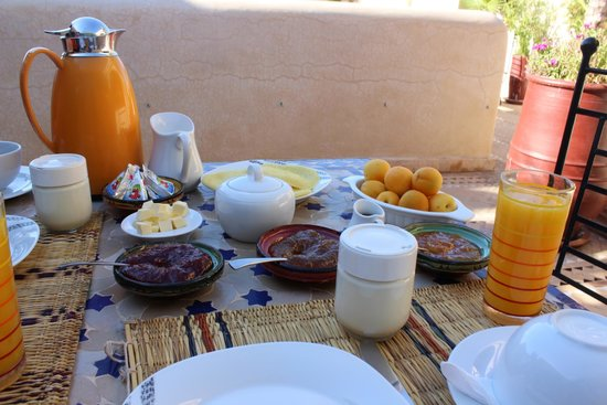 Riad Granvilier: Amazing complimentary breakfast
