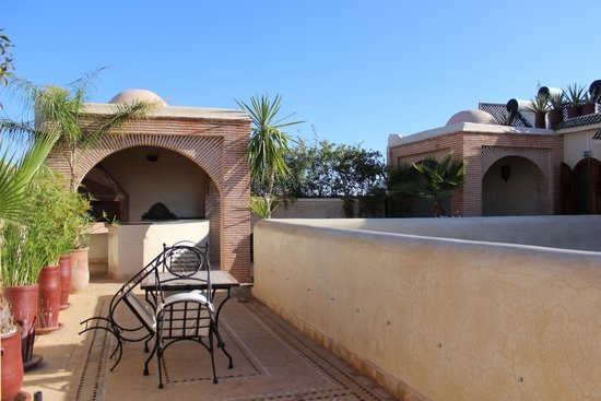 Riad Granvilier: Beautiful terrace with incredible views!