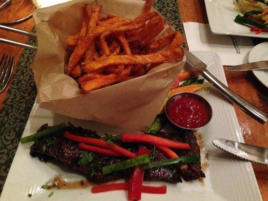 Marbella at Rio Mar Beach Resort: Churrasco (skirt steak) w/peppers and sweet potato fries