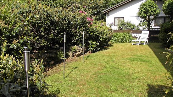 Scottish Highlander Guesthouse: Garten