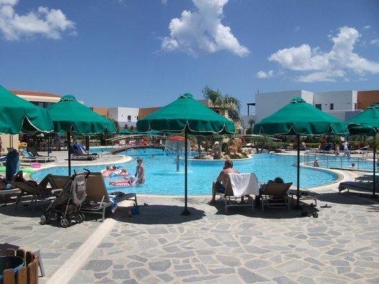 Mikri Poli Rhodos Resort: main activity pool