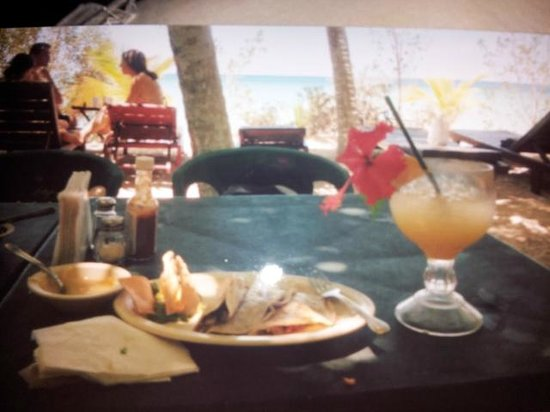 Playa Palancar: Tacos with Mango margarita and a gorgeous view!