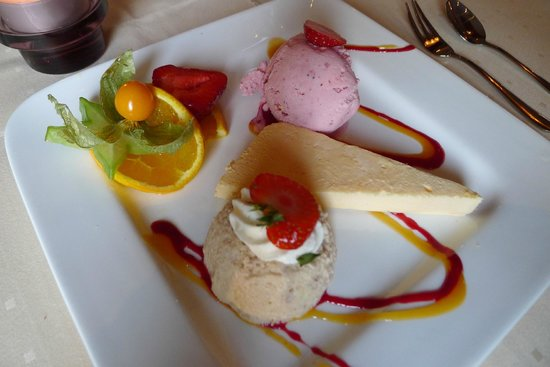 Gastehaus Sudheide: Zur Heideblüte - Dreierlei Dessert