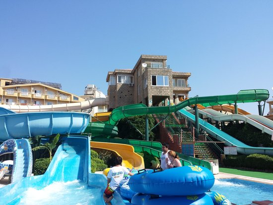 Marmaris Atlantis Waterpark : great day out for all the family