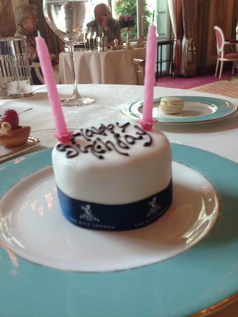 The Ritz London : Birthday Cake