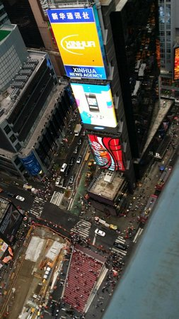 DoubleTree Suites by Hilton Hotel New York City - Times Square: View from our Corner Room -  Times Square