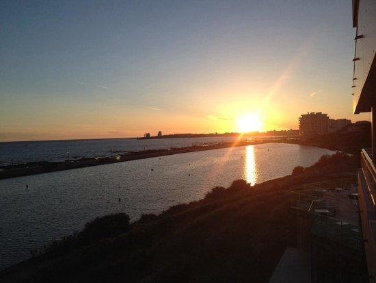 Mercure Côte Ouest Les Sables d'Olonne Thalasso et Spa : Vue de la chambre…