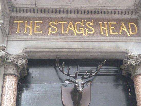 Stag's Head: Pub típico Irlandés