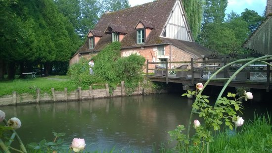Chateau de Villeray : Moulin