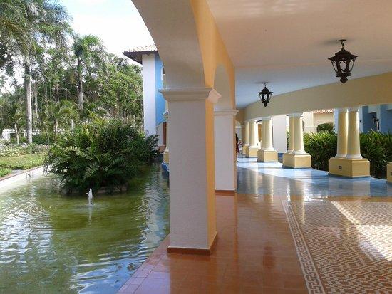 Iberostar Hacienda Dominicus : Pasillos