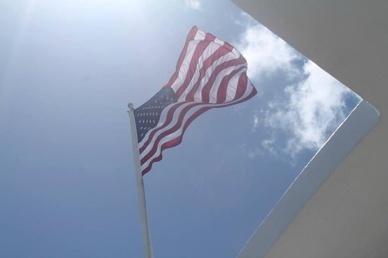 USS Arizona Memorial: Flag flying above the Memorial