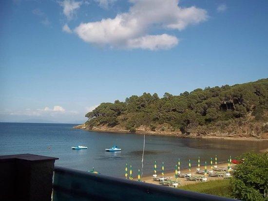 Le Acacie Hotel & Residence: Panorama dal balcone del nostro appartamento