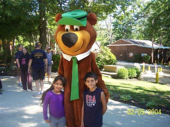 Yogi Bear's Jellystone Park Camp-Resort at Tall Pines : Flag raising with Yogi and kisses.