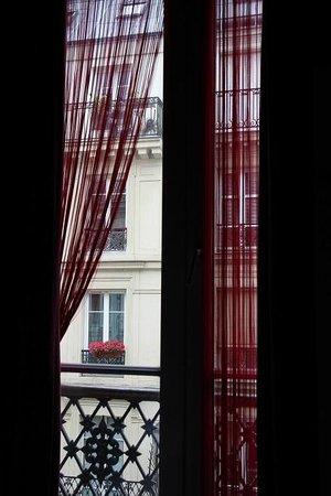 Hotel de Roubaix : окно