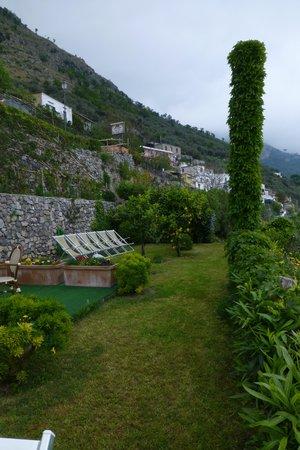 Locanda degli Dei : terrazzo/giardino