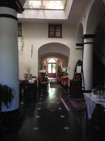 Palazzo Fieschi: ingresso
