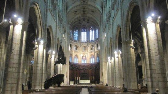 Eglise Saint Nizier : Vista del interior