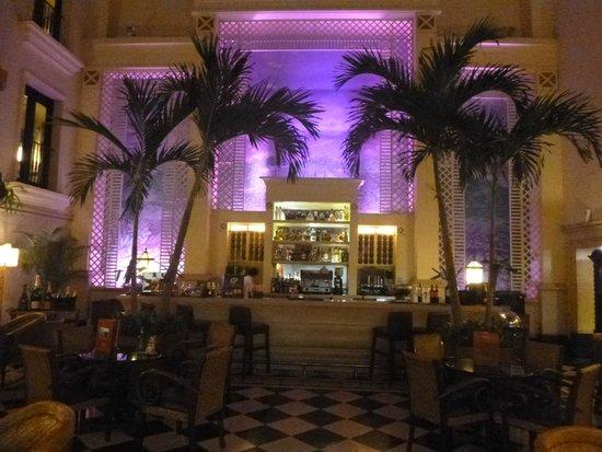 Hotel Saratoga: Bar