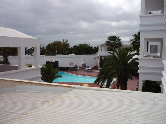 Apartamentos Océano: view