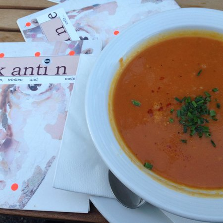 Kantine: Their delicious ginger and carrot soup