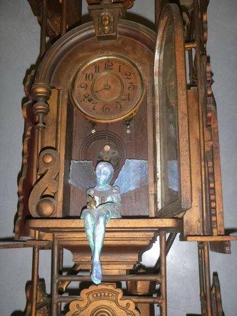 Hotel Saratoga: colección de relojes cucú