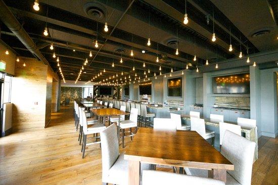 The Omni Grove Park Inn: Edison Bar
