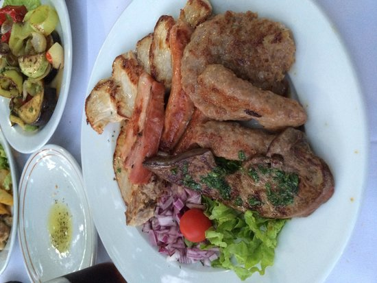 Bastion III: Grilled meat platter - huge and yummy!!