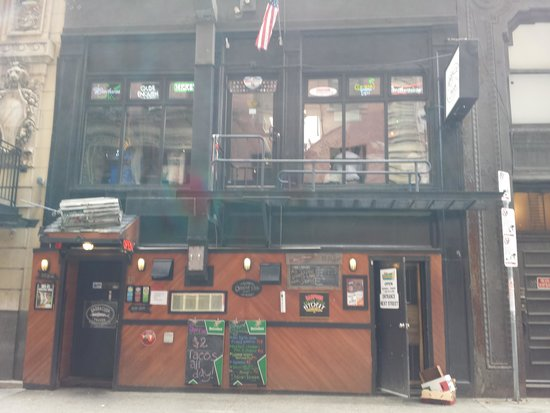 Barracuda Tavern: Outside view, don't be deceived by the looks