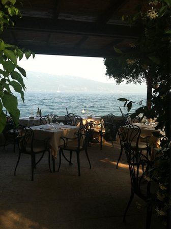 Hotel Gardenia al Lago: Beautiful terrace