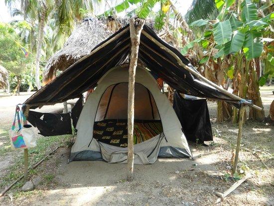 Camping Tayrona: Carpa muy equipada