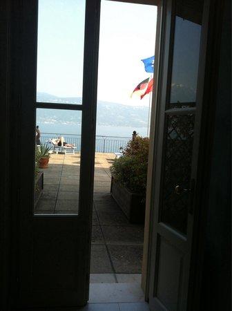 Hotel Gardenia al Lago: Sun deck