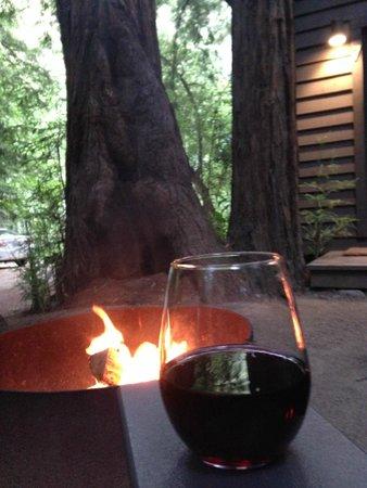 Glen Oaks Big Sur : private fire