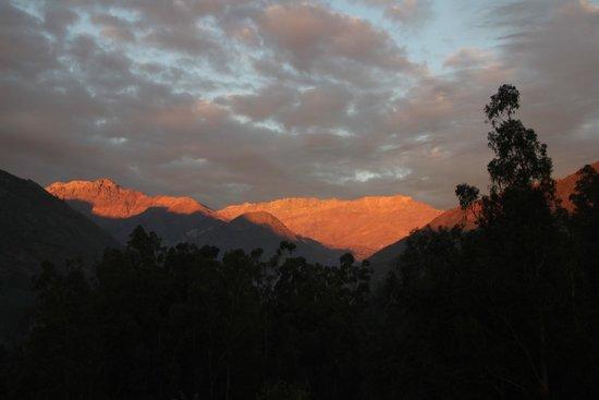 Los Quenes River Lodge & Cabanas: sunset